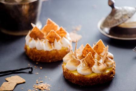 tarts: lemon tarts
