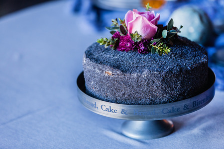 birthday cakes: wedding cake