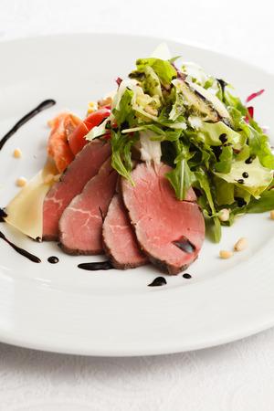 roast beef: roast beef with vegetables