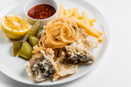 crumbing: fried fish with french fries