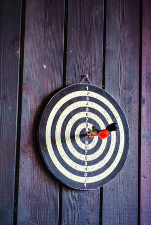 bull     s eye: dart in the pub
