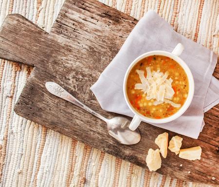 lenteja: sopa con lentejas
