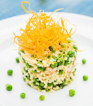 Salad Olivier. Standard-Bild - 128519094
