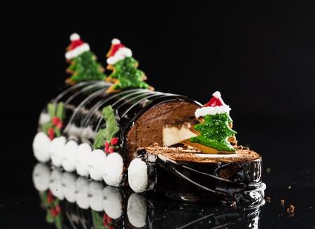 yule log: Chrismtas chocolate yule log Stock Photo