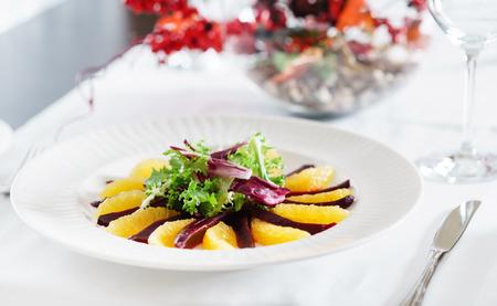remolacha: ensalada de remolacha y naranja napoleon