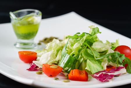 Salade fraîche Banque d'images - 78177667