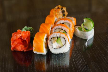 Gustoso sushi Archivio Fotografico - 80051120