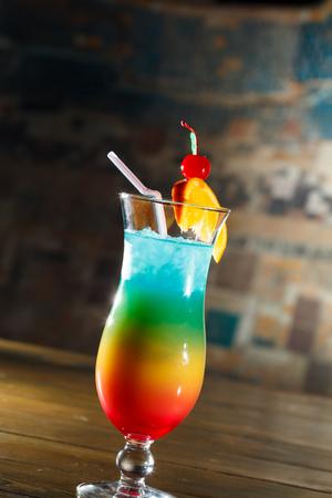 Tropische cocktail in glas