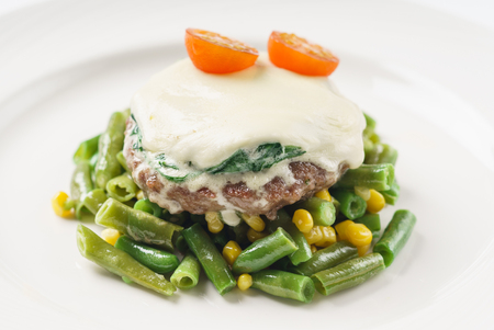 cutlet with green beans