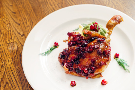 roasted duck leg with cranberry sauce
