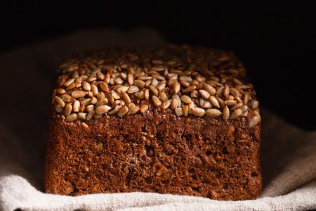 wholegrain bread 版權商用圖片