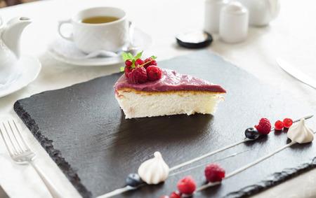 berry cheesecake
