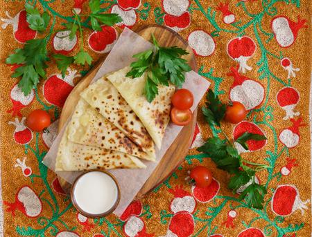 新鮮なペストリー - ウズベク語自家製ピタパン 写真素材