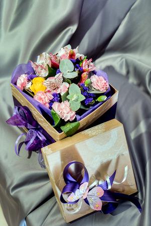 상자에 꽃 스톡 콘텐츠