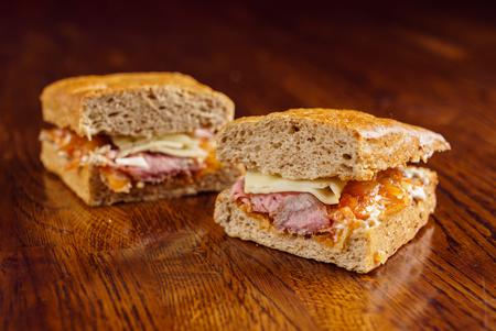 Savoureux sandwich Banque d'images - 85688410