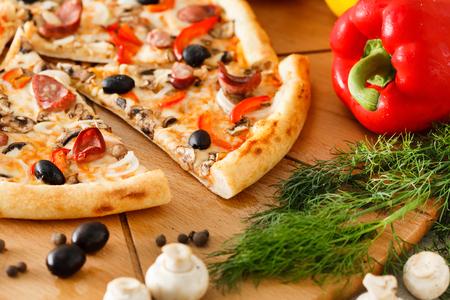 Supreme Pizza Banco de Imagens