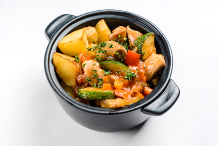 potato with meat and vegetables in the pot 版權商用圖片