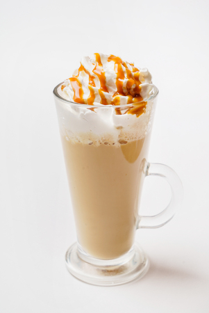 白い背景のコーヒー ラテ マキアート 写真素材
