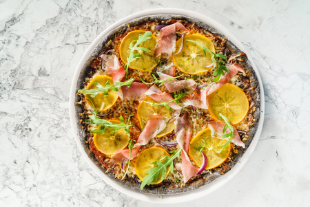 pizza with persimmon 스톡 콘텐츠