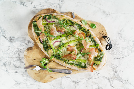 pizza with asparagus and bacon