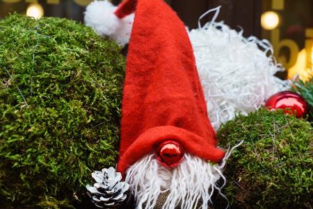 Weihnachtszwerge im Freien Standard-Bild - 91288445