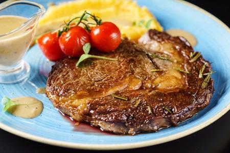 ステーキとソース 写真素材