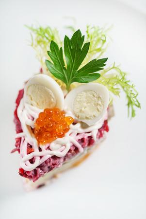 beetroot salad with caviar Stockfoto
