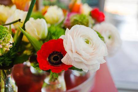 花瓶の春の花 写真素材