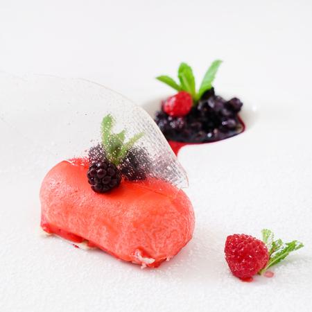 dessert met bessen