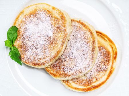 Pfannkuchen mit Zucker Standard-Bild - 93783857
