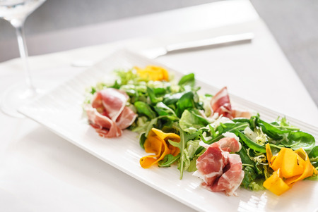 fresh salad wih jamon 스톡 콘텐츠