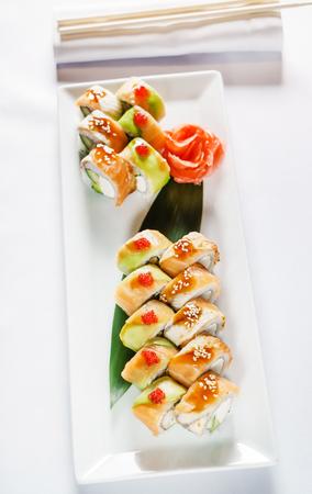 set of sushi Imagens - 95005470