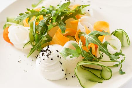 spring salad Imagens - 95563582