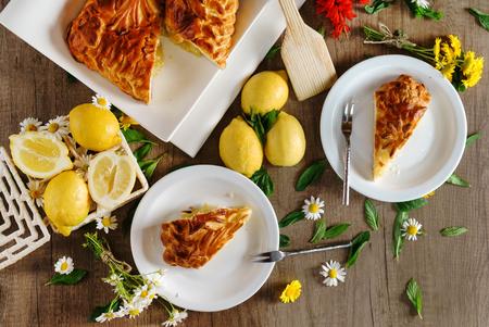 cake with lemons