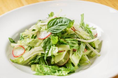 detox spring salad