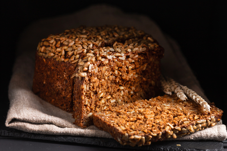 wholegrain bread with seeds