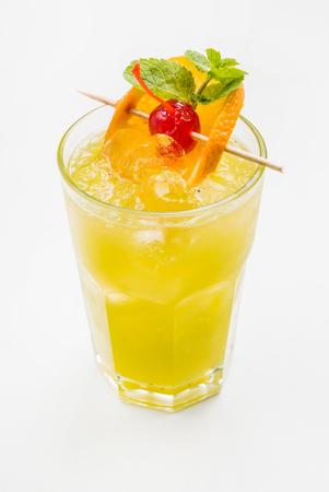 cocktail wit orange