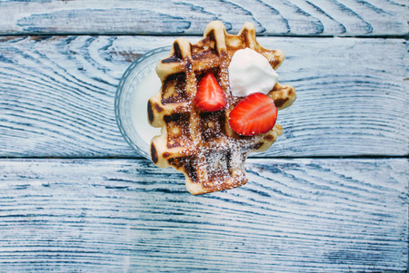 waffles with fresh berries and cream Banco de Imagens