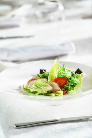 chicken salad with strawberry Banco de Imagens