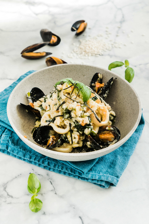 risotto with mussels Фото со стока
