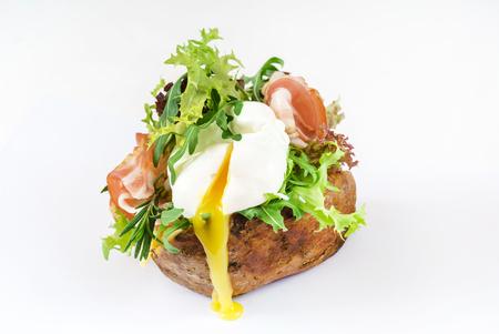 baked potato Standard-Bild - 100280628