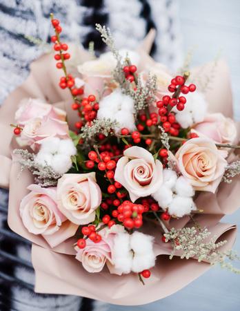 nice bouquet in the hands Foto de archivo - 100205654