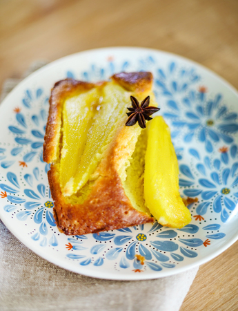 cake with pears