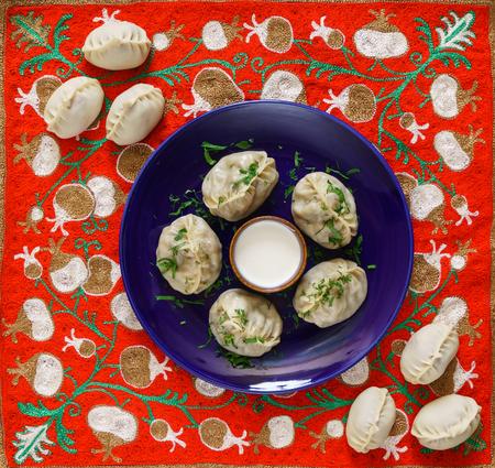 Dumplings, Manti - traditional meat dish of Central Asia, Turkey, Mongolia, Korea Фото со стока - 100800870