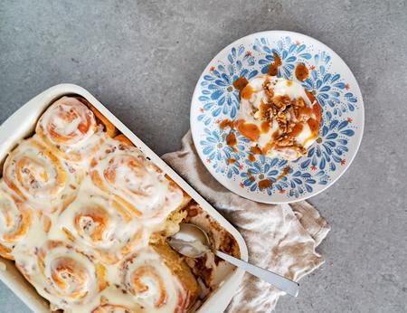 buns with cinnamon and cream