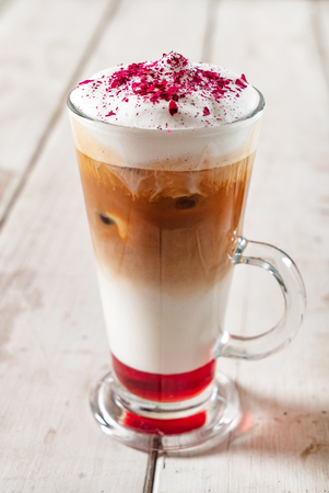 cold coffee with syrup Banque d'images - 102622772