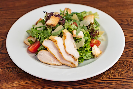 Caesar salad with chicken Standard-Bild