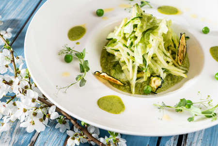 green salad with pesto