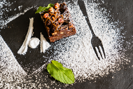 brownie with mint