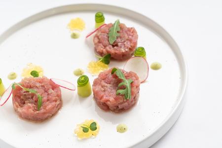 tartar with radish Imagens
